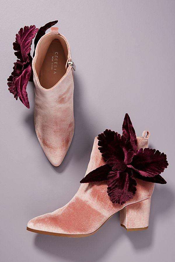 Gorgeous velvet booties