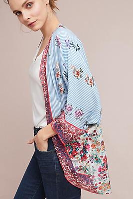 Slide View: 1: Alma Floral Kimono