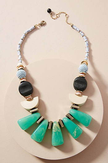 Anthropologie Plumeria Bouquet Bib Necklace B0EUQ