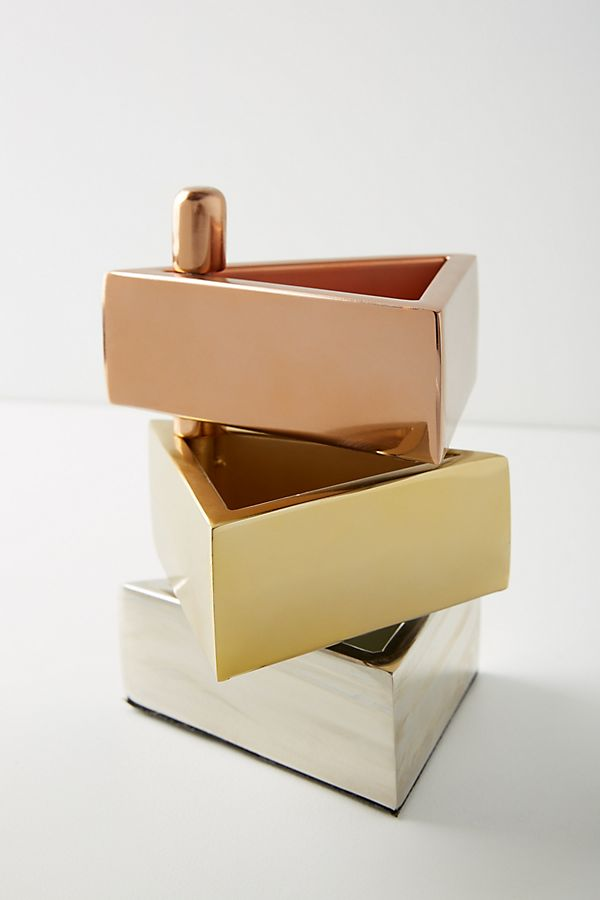 Slide View: 1: Staggered Triangle Jewelry Stand