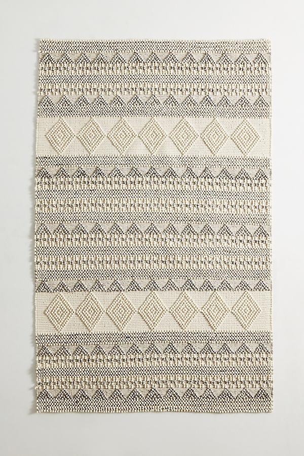 Pointillist Geo Rug - White, Size 3 X 5