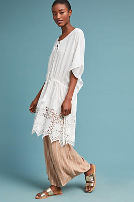 Slide View: 1: Lupe Embroidered Caftan