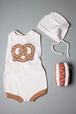 Slide View: 1: Estella Organic Baby Gift Set With Sleeveless Romper, Bonnet Hat & Hotdog Rattle