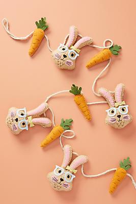 Slide View: 1: Bunny + Carrot Garland