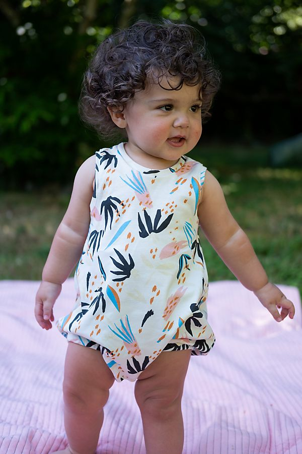 Slide View: 2: Lola & Stella Bubble Romper