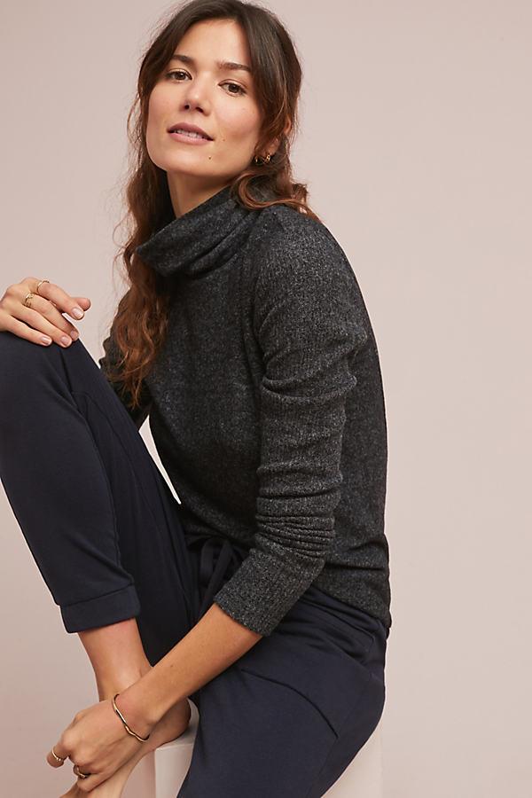 Brushed-Fleece Turtleneck Top - Grey, Size L