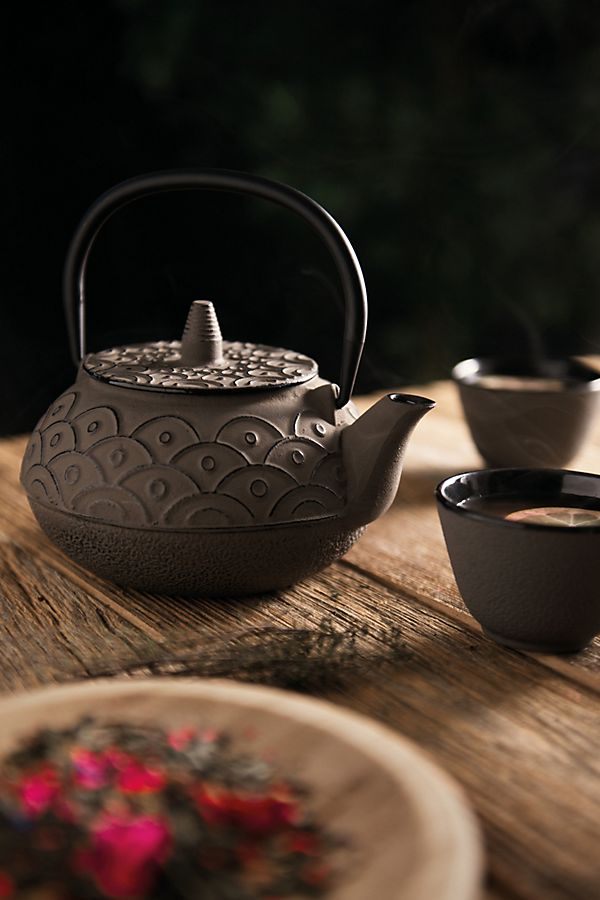 Slide View: 1: BergHOFF Studio Cast Iron Teapot