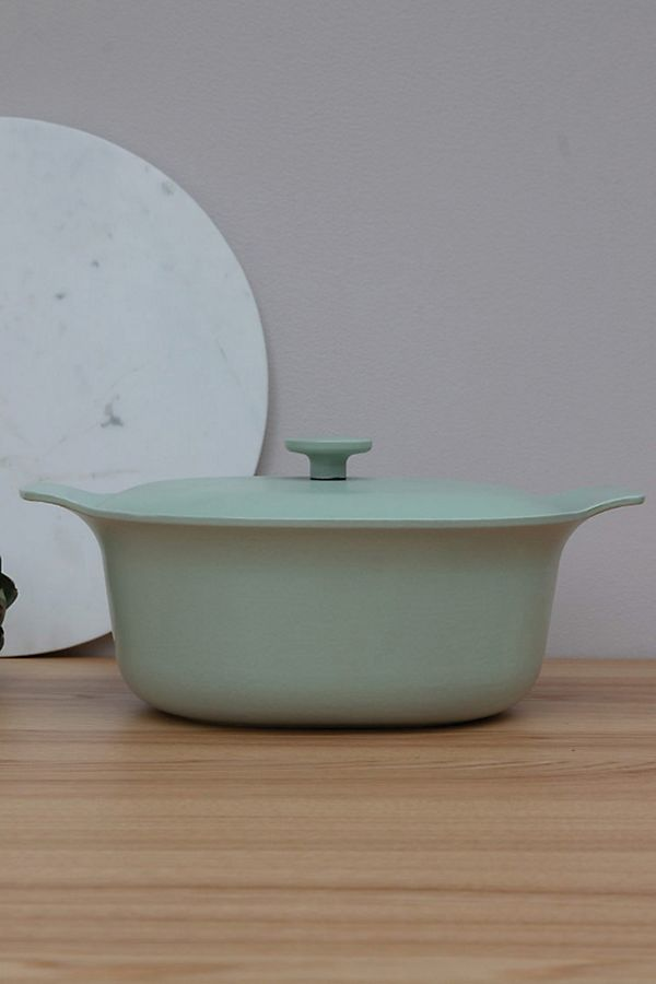 Slide View: 1: BergHOFF Ron Cast Iron Covered Casserole