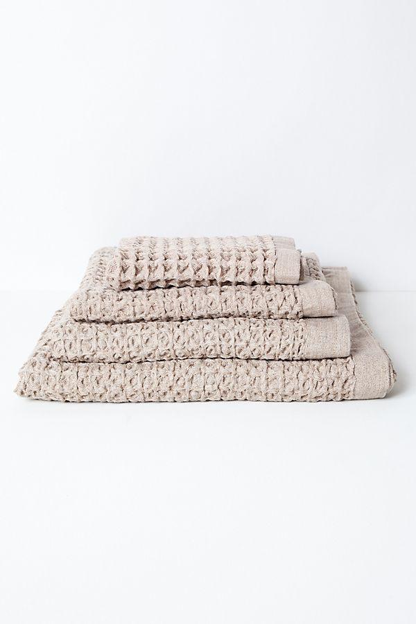 Slide View: 1: Kontex Lattice Towel, Beige