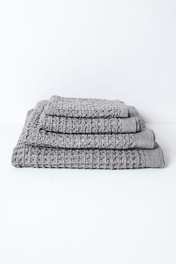 Slide View: 1: Kontex Lattice Towel, Grey