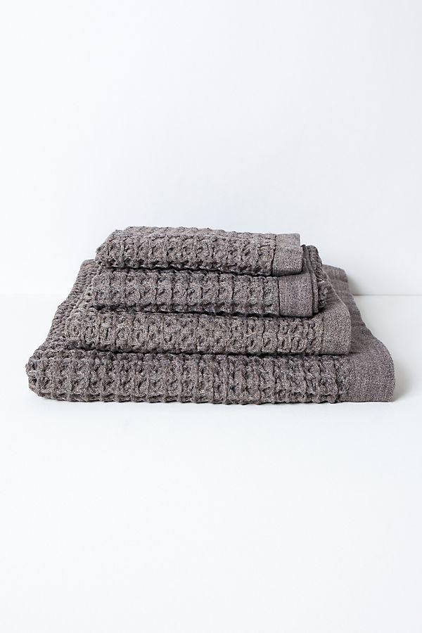Slide View: 1: Kontex Lattice Towel, Brown