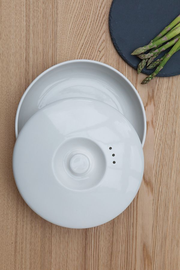 Slide View: 1: BergHOFF Ron Covered Bowl