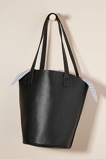 Patricia Bucket Bag