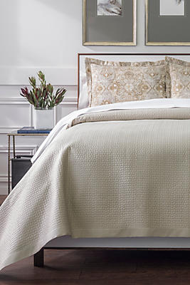 Slide View: 1: Peacock Alley Hamilton Coverlet