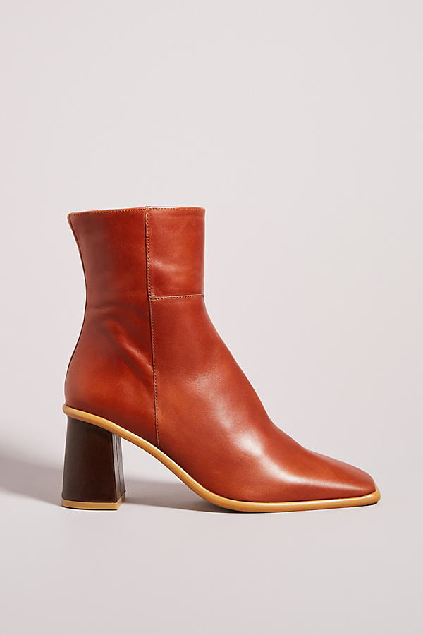 Alohas West Bootie In Yellow