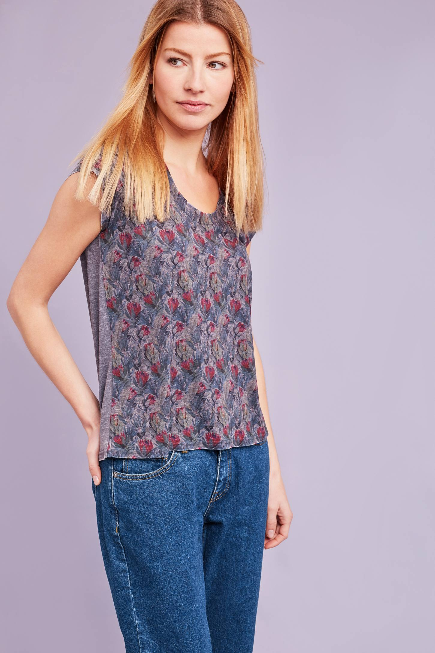 Slide View: 1: Melodie Floral T-Shirt, Grey
