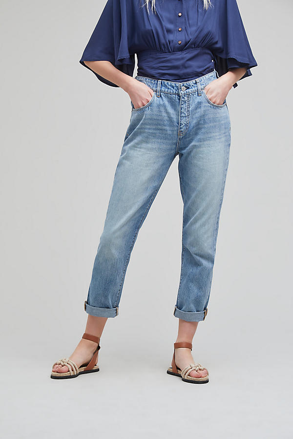 Slide View: 2: Pilcro Tilde Light-Wash Jeans
