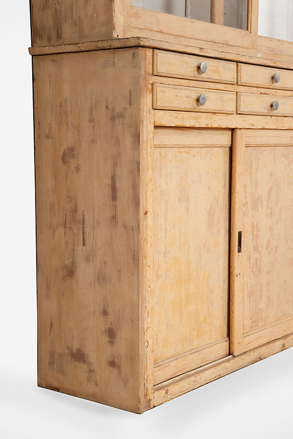 Slide View: 4: Apothecary Dresser