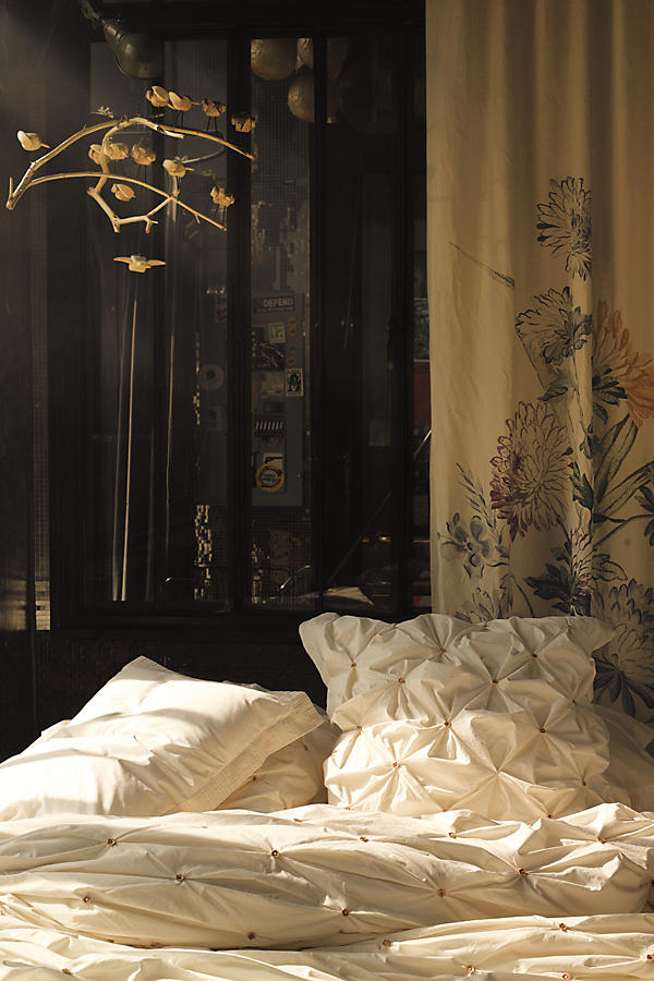 Slide View: 5: Crowned Crane Duvet Cover