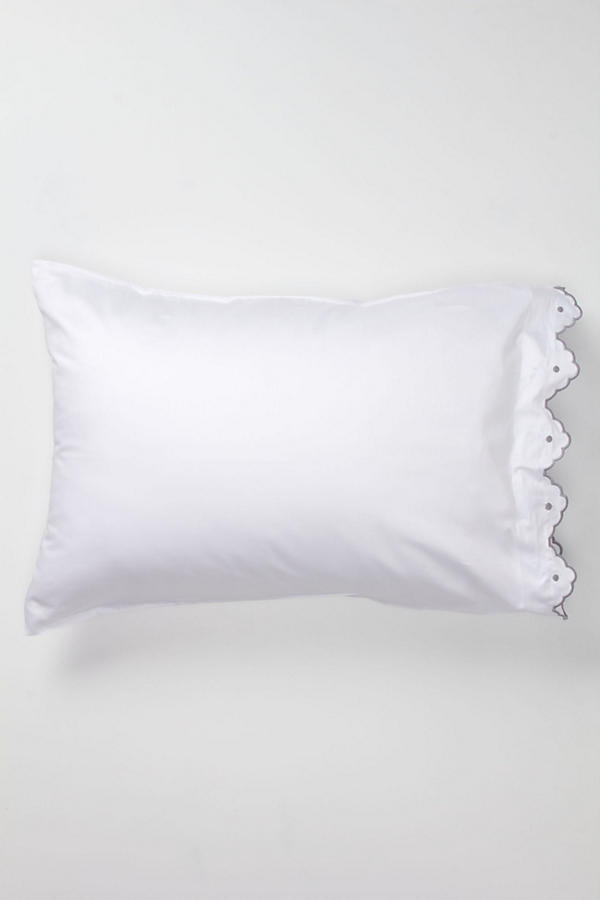 Scalloped Pillowcases