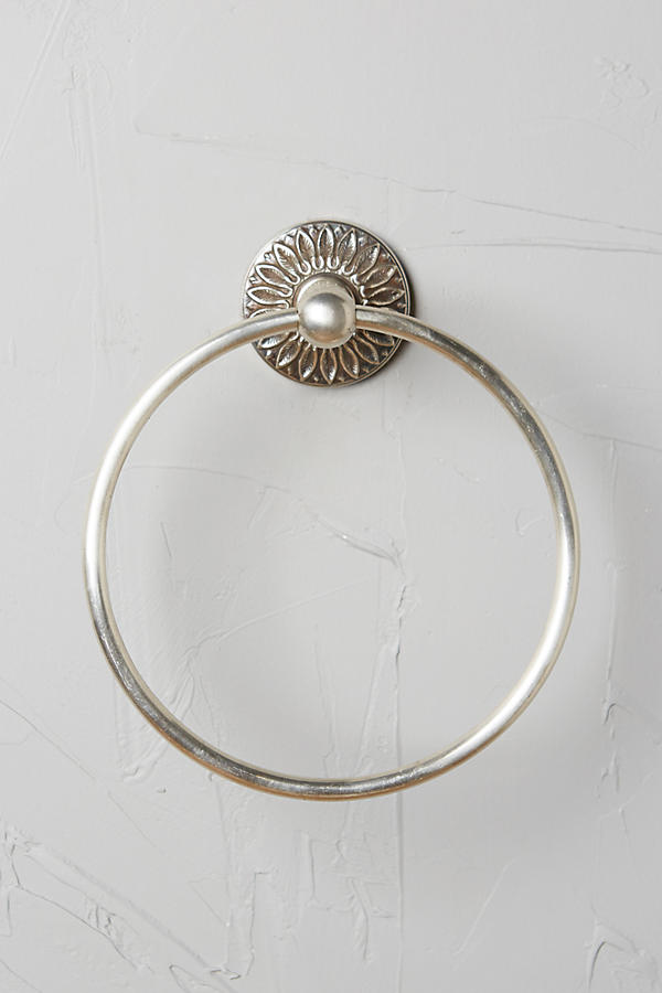 Slide View: 3: Floral Imprint Towel Ring