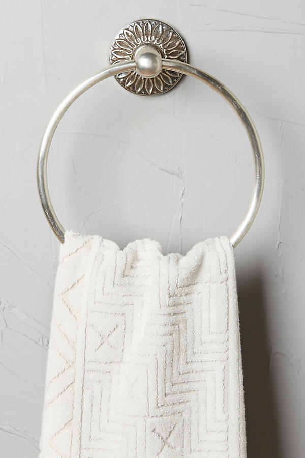 Slide View: 1: Floral Imprint Towel Ring