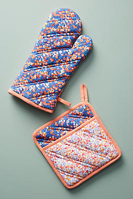 Slide View: 2: Liberty for Anthropologie Wiltshire Berry Oven Mitt