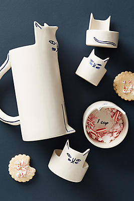 Slide View: 3: Kaye Blegvad Measuring Cup Set