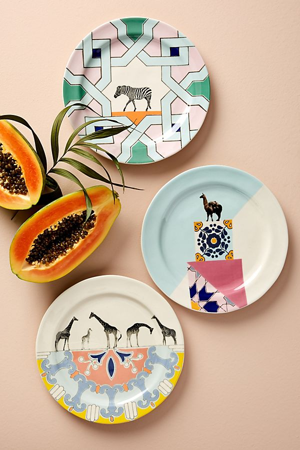 Safari style dinnerware for tables with an international excitement ...