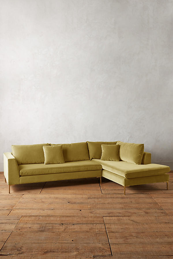 Slide View: 1: Velvet Edlyn Right Sectional
