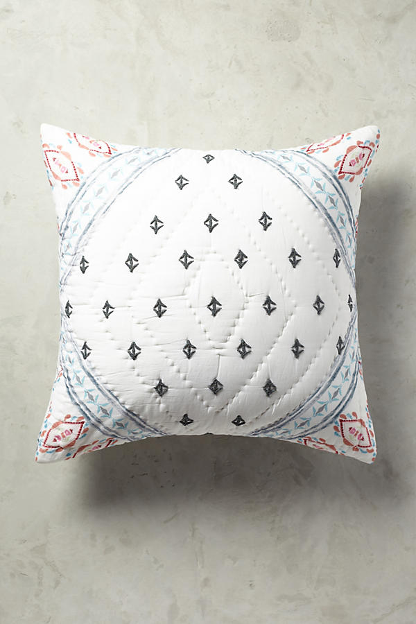 Slide View: 1: Brissa Pillowcase