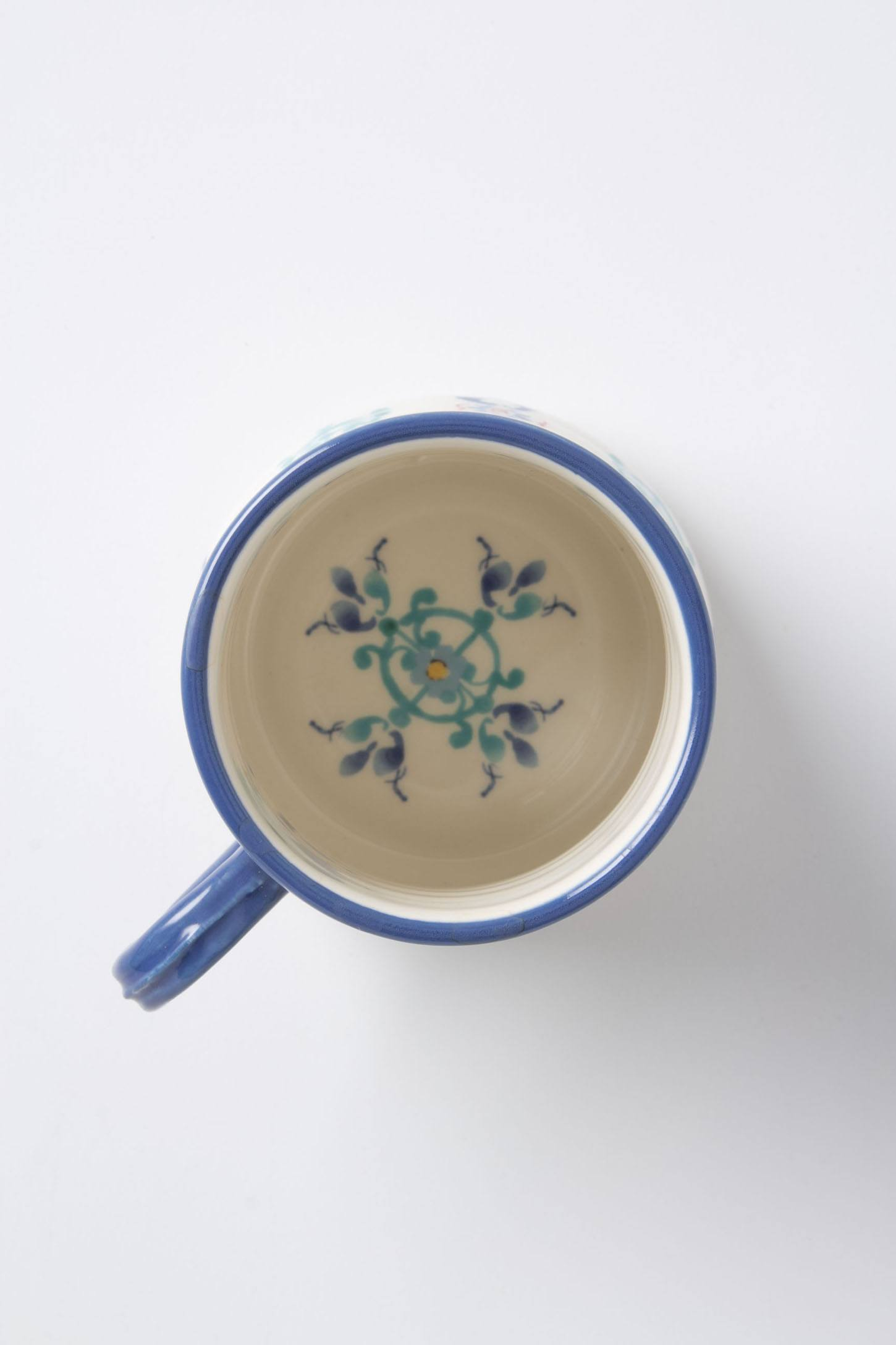 Slide View: 5: Swirled Symmetry Mug