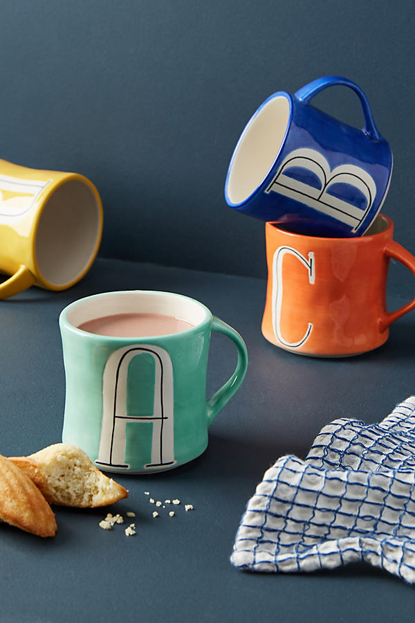 Colourway Monogram Mug - A, Size V