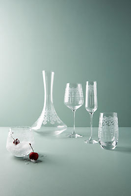 Slide View: 3: Owenna Wine Glass