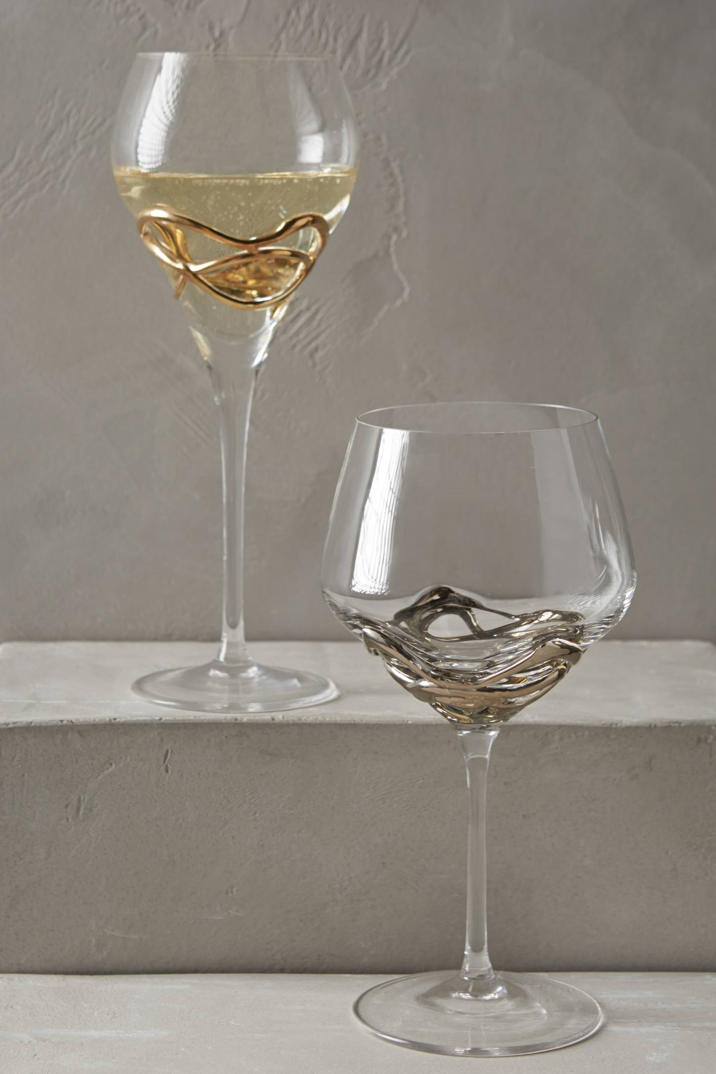 Slide View: 5: Glimmer-Wrapped White Wine Glass
