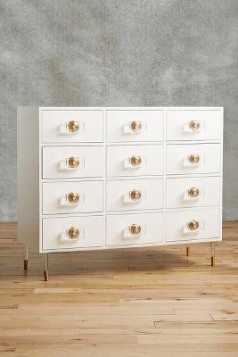 Etonnant Lacquered Regency Twelve Drawer Dresser