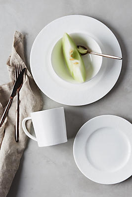Slide View: 1: Caskata Summer White Four-Piece Place Setting