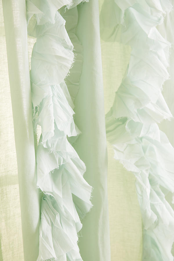 Slide View: 2: Wandering Pleats Curtain
