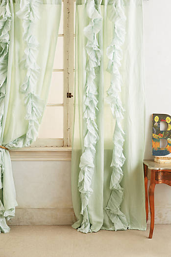 Wandering Pleats Curtain