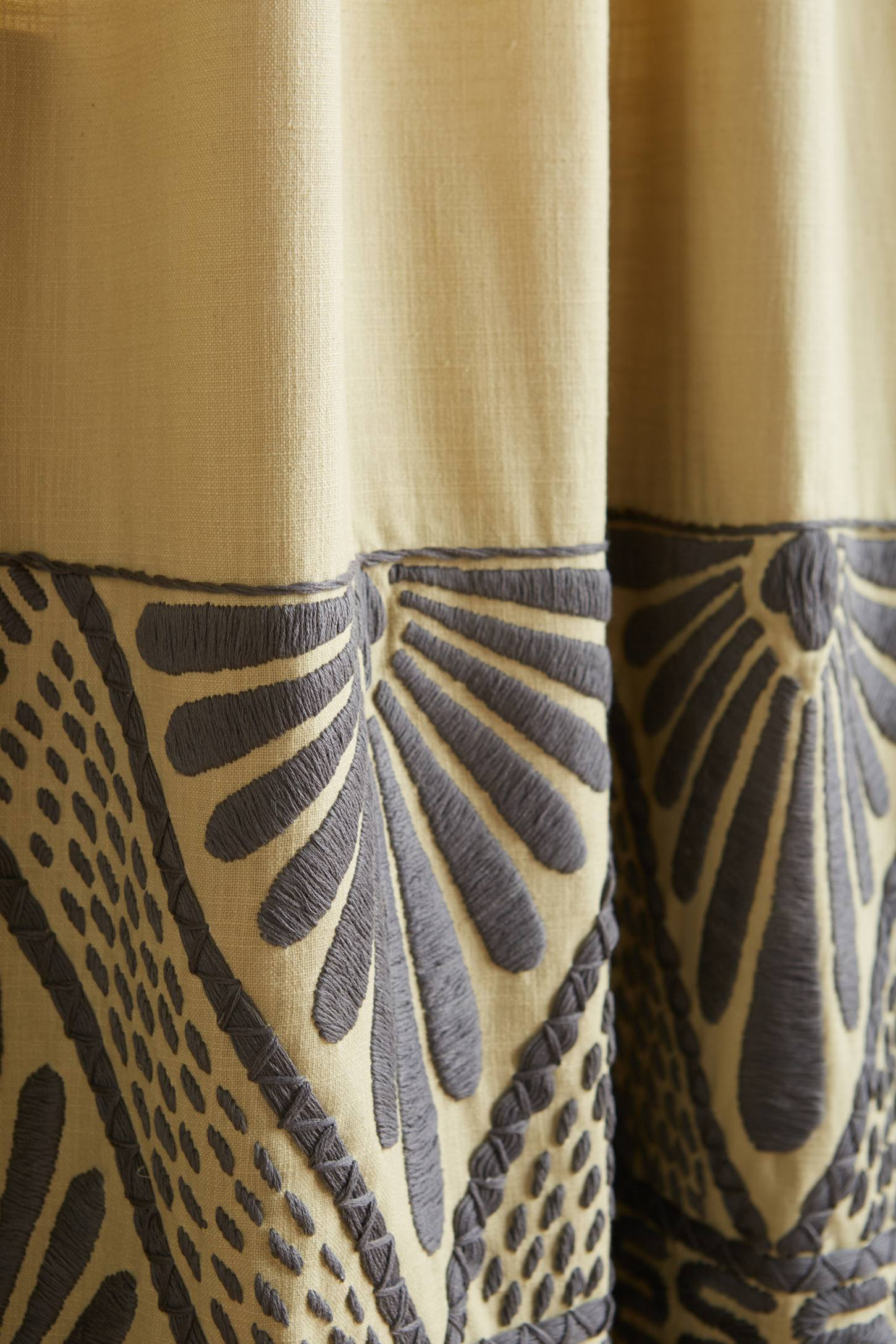 Slide View: 2: Embroidered Edge Curtain